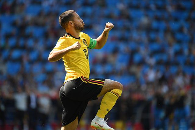 Eden Hazard celebra su segundo gol contra Túnez