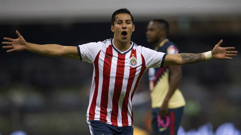 Cisneros celebrando un gol