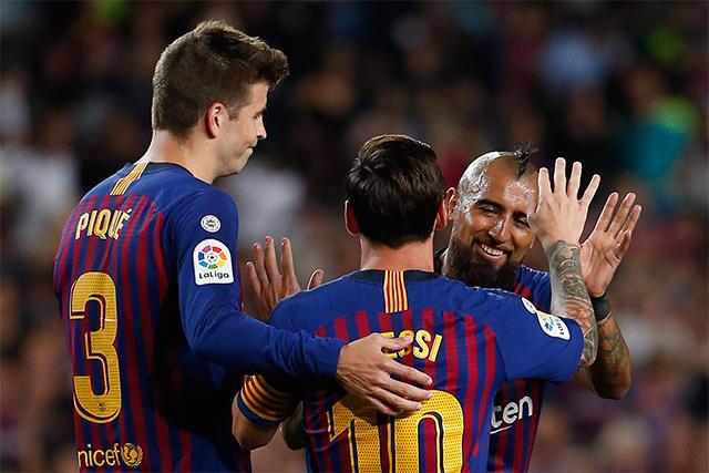 Piqué, Messi y Vidal