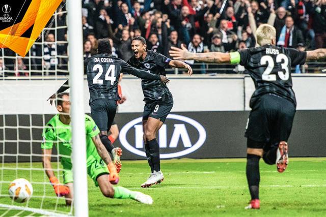 Da Costa celebra su gol contra la Lazio