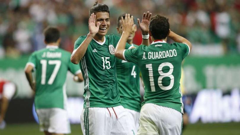 Mexicanos rompiendola en Europa
