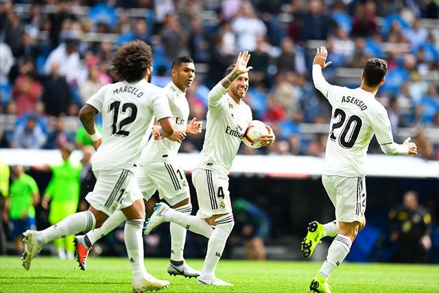 Asensio celebra el gol del Real Madrid