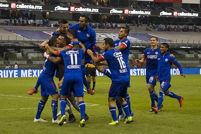 Cruz Azul celebra el pase a la final de la Copa MX