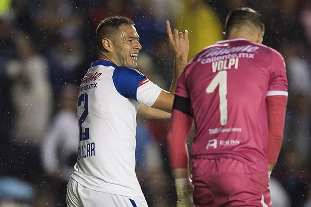 Pablo Aguilar reclama su gol