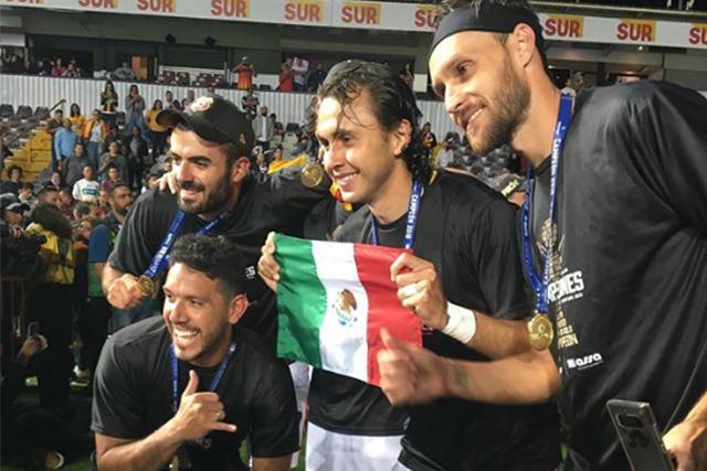 Mexicanos en el Herediano