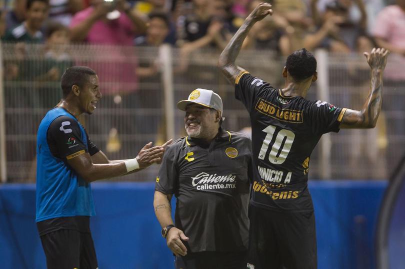 Maradona y Vinicius