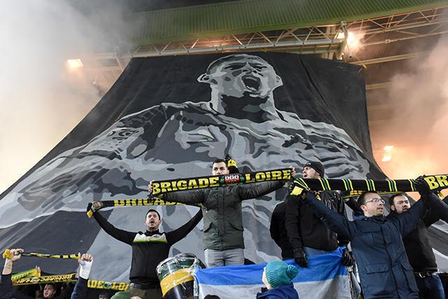 Tifo de Emiliano Sala en el partido del Nantes