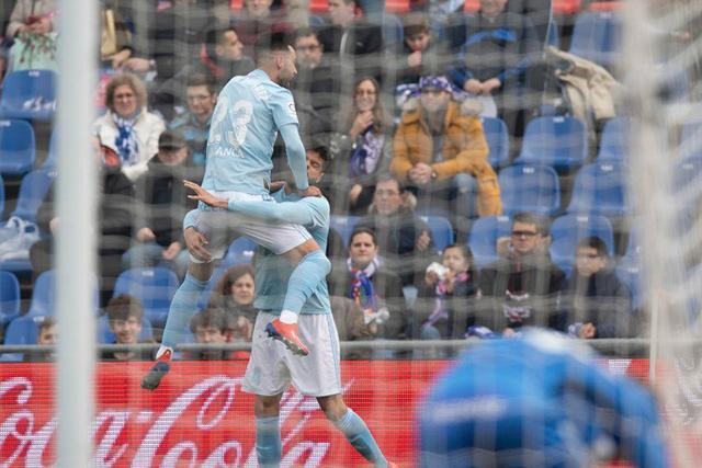 Néstor Araujo festeja su gol ante el Getafe