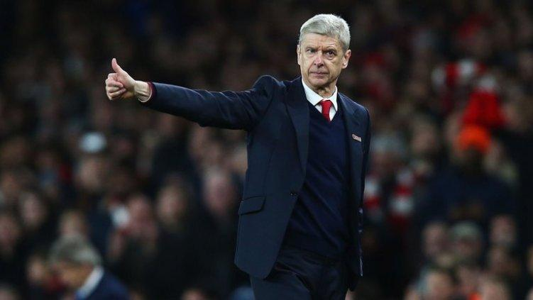 Arsene Wenger en partido