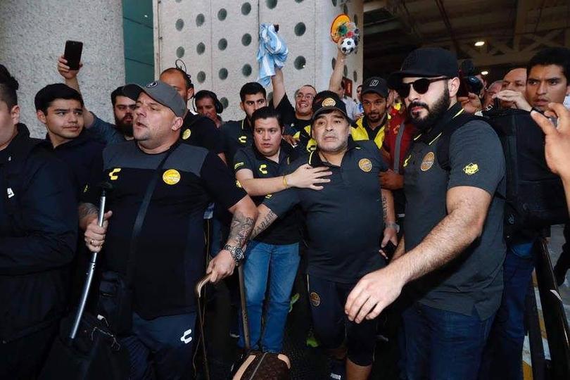 Llegada Maradona al aeropuerto