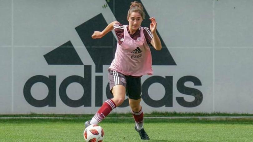 Silvana Flores parte de la Selección Sub-17 es jugadora del Arsenal