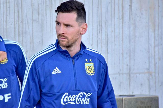 Lionel Messi jugará este viernes con Argentina