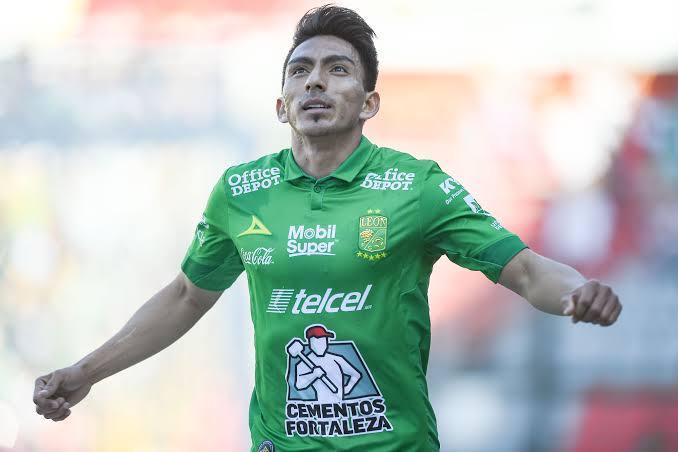 Ángel Mena podría emigrar al Santos de Brasil