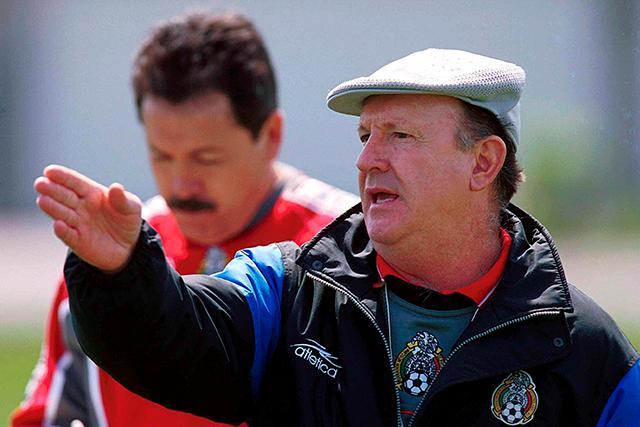 Manuel Lapuente como técnico de México