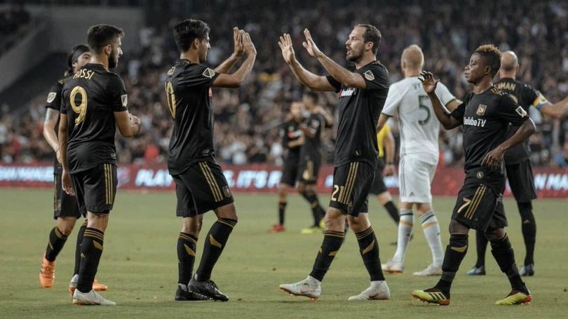 Carlos Vela y el LAFC ganan de último minuto contra el Real Salt Lake