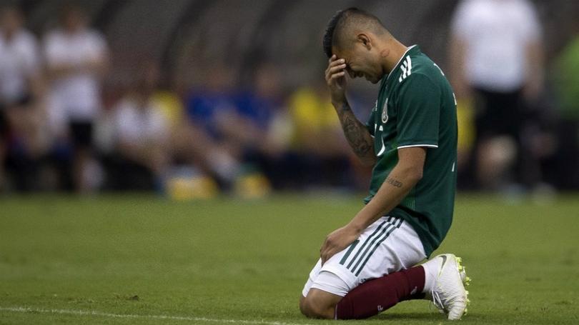 Jesús Corona se lamenta con la Selección Mexicana