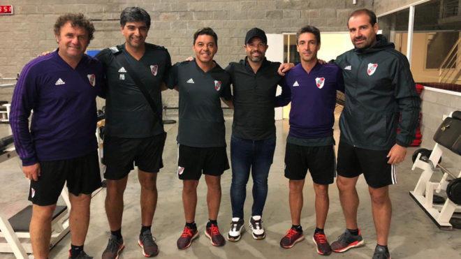 Rafa Puente con Eduardo Coudet y su equipo