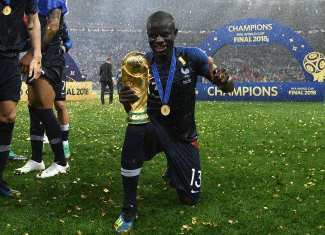 Kanté le cierra la puerta al Real Madrid