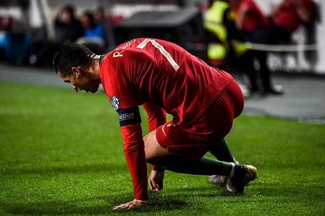 Cristiano Ronaldo sufrió una lesión en el muslo derecho