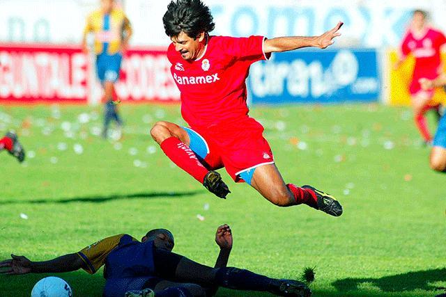 José Saturnino Cardozo en partido contra San Luis