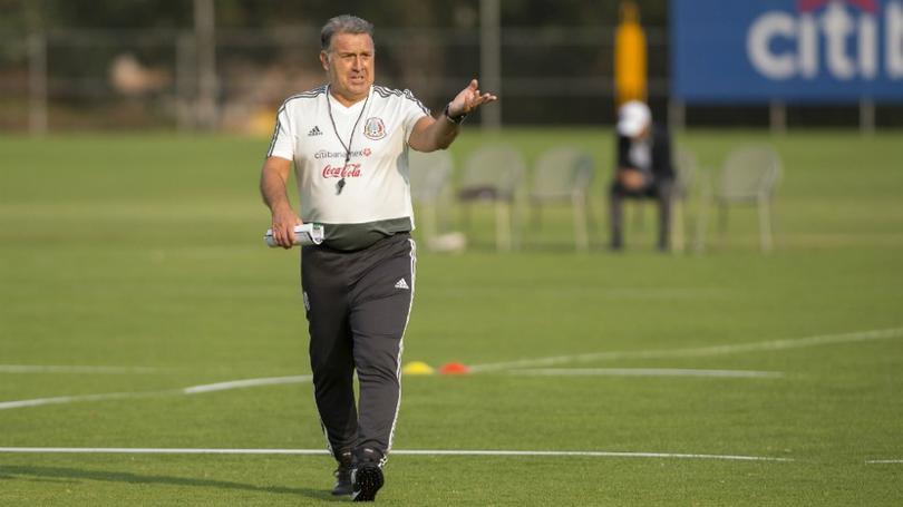 Gerardo Martino en el entrenamiento de la Selección Mexicana