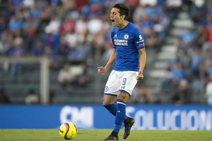 Javier Salas es baja con Cruz Azul por lo que resta del torneo
