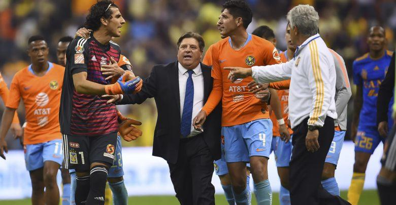 Salcedo se fue contra Edson Álvarez tras derrota de Tigres en el Azteca