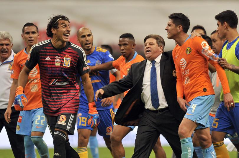 Edson Álvarez protagonizó la polémica al terminar el América vs Tigres