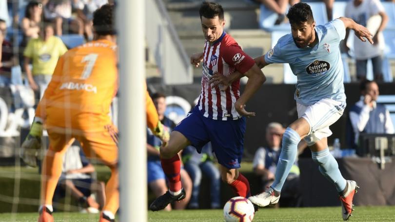 Néstor Araujo en un partido ante Atlético de Madrid