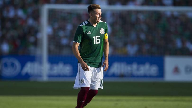Héctor Herrera en un partido con la Selección Mexicana