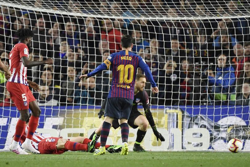 Messi en su sobervia definición en su gol contra el Atleti