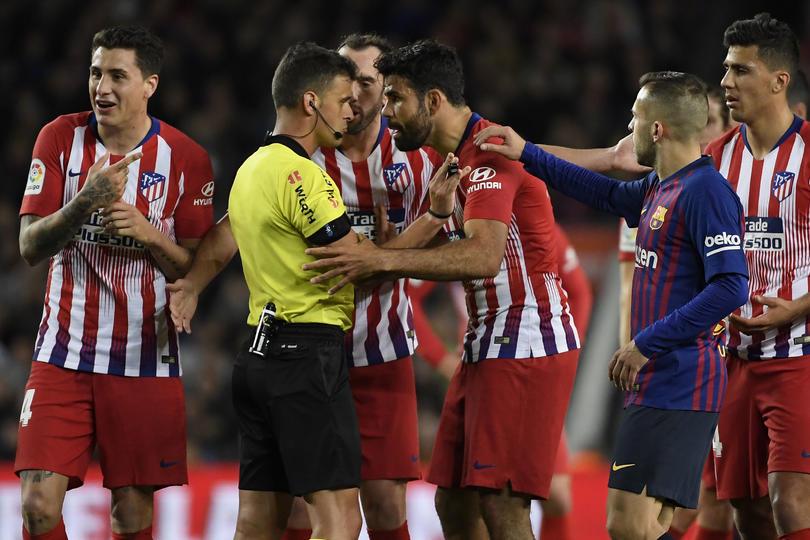 Diego Costa fue expulsado en el partido del Barcelona ante el Atlético de Madrid