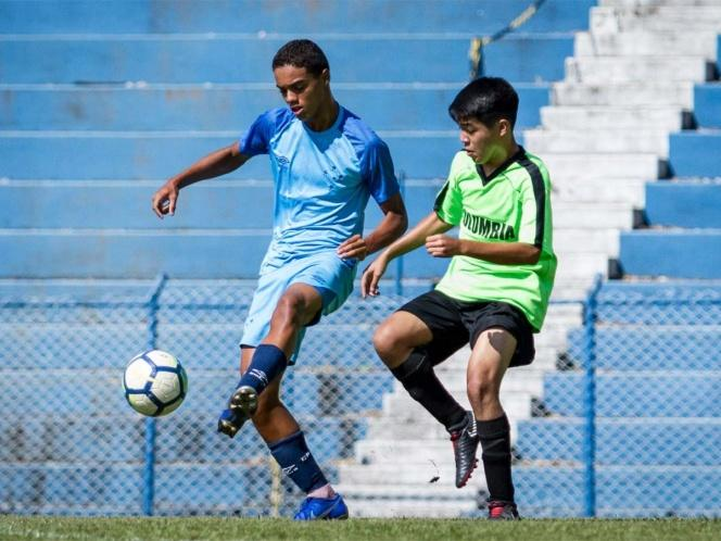 Joao Mendes jugando con el Cruzeiro