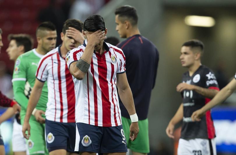 Chivas llegó a seis partidos seguidos sin ganar con la derrota ante Lobos