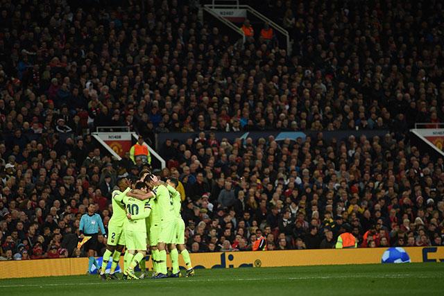 Barcelona venció a Manchester en Champions y consiguió su primer triunfo en Old Trafford