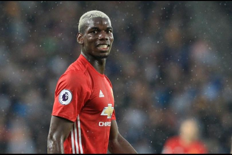 Paul Pogba en un partido con Manchester United
