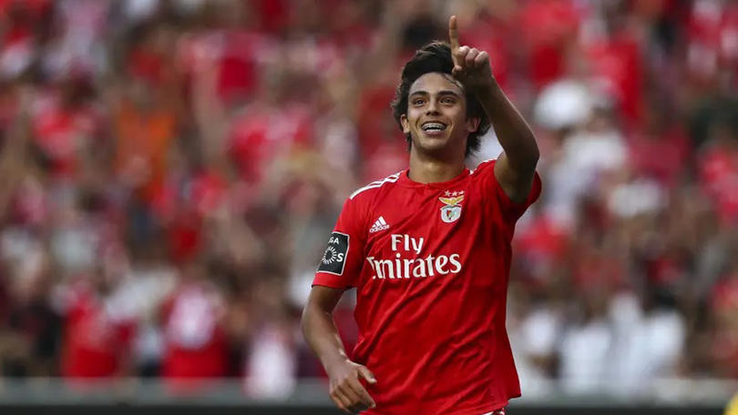 Joao Félix en un partido con Benfica