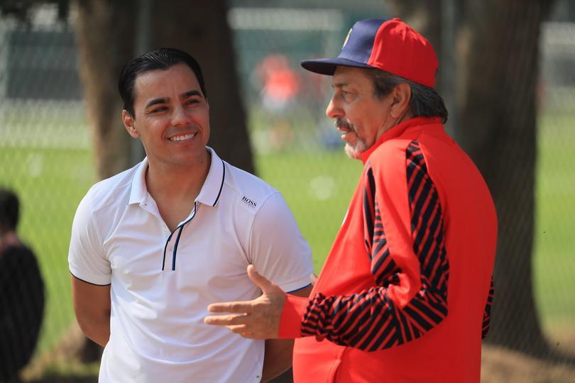 Omar Bravo y Tomás Boy