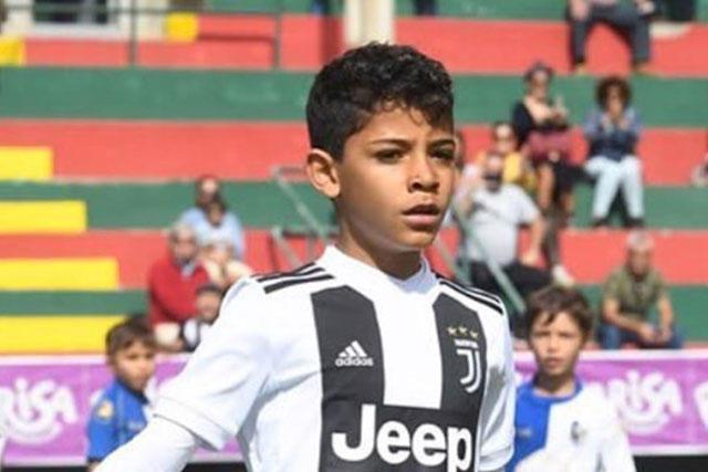 Cristianinho sigue los pasos goleadores de su papá