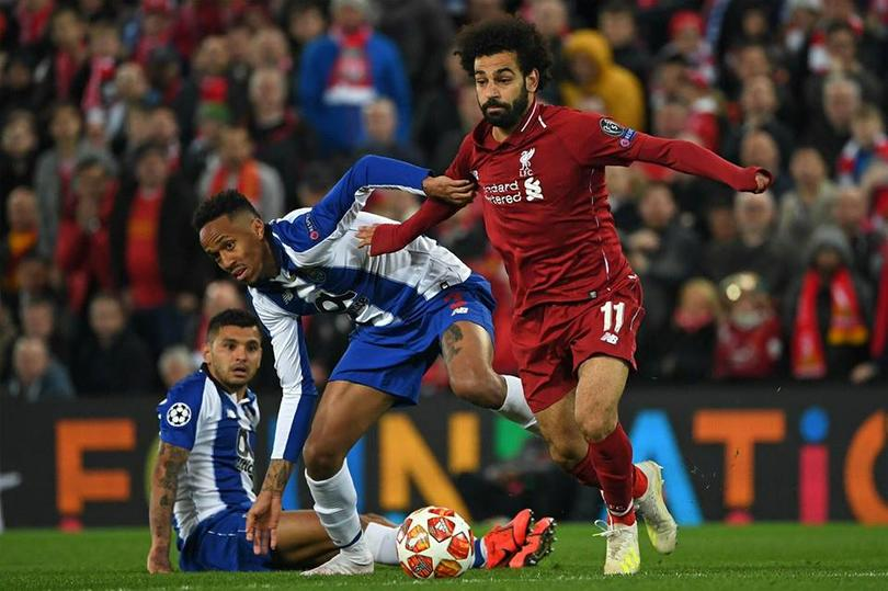 Liverpool vencía a Porto tres a cero en el global al medio tiempo