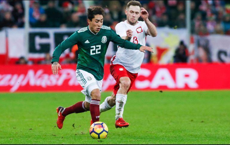 Omar Govea en un partido con la Selección Mexicana