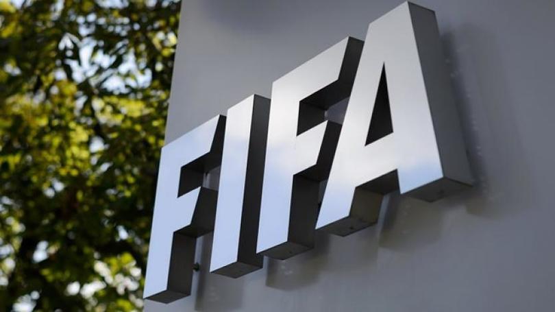 FIFA suspende a jugadores por amaño de partidos