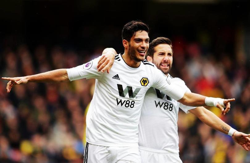 Raúl Jiménez llegó a 17 goles en Inglaterra con su anotación ante Watford