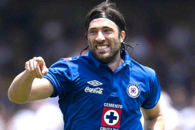Antes de Caraglio, Mariano Pavone fue el último delantero de Cruz Azul en anotar 10 goles
