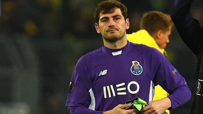 Recomiendan a Iker Casillas retirarse de las canchas