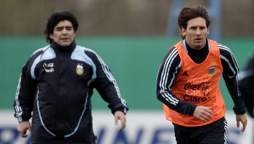 Maradona, el maestro de Messi en los tiros libres