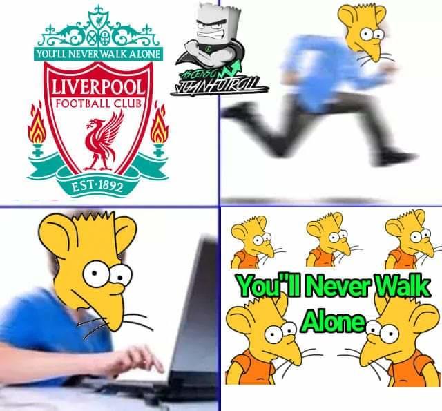Gente con el hinno de Liverpool