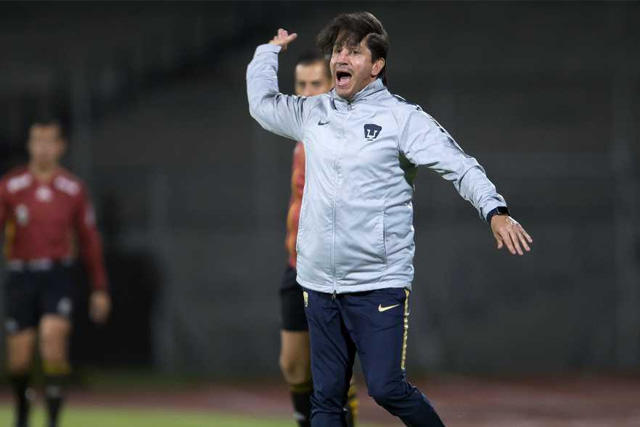 Marioni dejó de ser técnico de Pumas