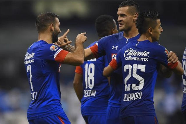 San Lorenzo va por un delantero de Cruz Azul