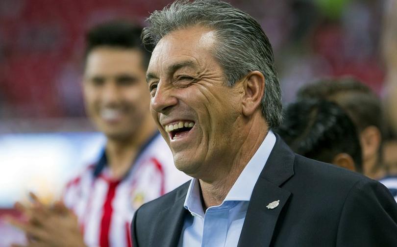 Tomás Boy tiene tres inamovibles en Chivas